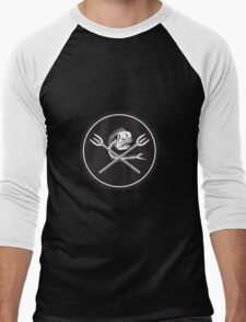 Skull Mahi Mahi Dolphin Fish Crossed Spears Circle Retro T-Shirt