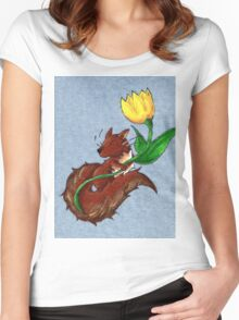 Garden Squirrel Women's Fitted Scoop T-Shirt