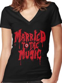 Married to the music Women's Fitted V-Neck T-Shirt