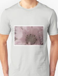 Cosmo Stamen Macro Unisex T-Shirt