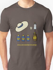 Blond on the beach Unisex T-Shirt