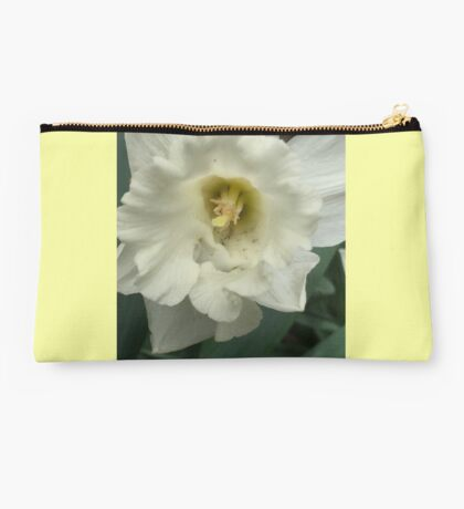 White Daffodil If you like, please purchase, try a cell phone cover thanks Studio Pouch