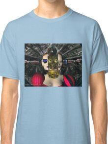 ANDROID XENIA SPACESHIP PILOT  / Sci -Fi Classic T-Shirt