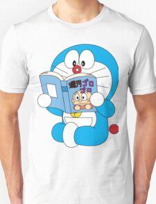 Doraemon Read Comic Book Unisex T-Shirt