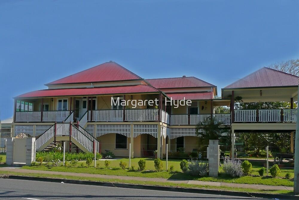 Updated Queenslander by Margaret  Hyde