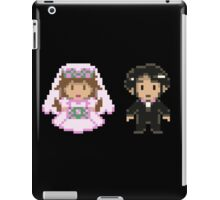 8-bit Bride and Groom iPad Case/Skin
