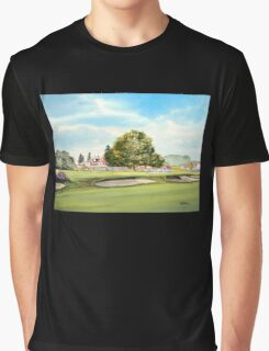 Sunningdale Golf Club 18th Green and Clubhouse Graphic T-Shirt