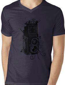 Retro Rolleiflex - Evolution of Photography - Vintage Mens V-Neck T-Shirt