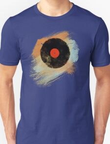 Vinyl Record Retro T-Shirt - Vinyl Records Modern Grunge Design T-Shirt