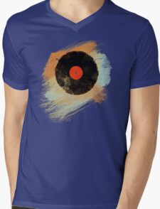 Vinyl Record Retro T-Shirt - Vinyl Records Modern Grunge Design Mens V-Neck T-Shirt