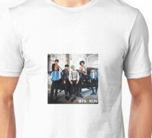 BTS - Run (Japanese Vers.) Unisex T-Shirt