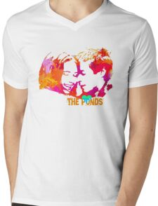 The Ponds, Amy and Rory  Mens V-Neck T-Shirt