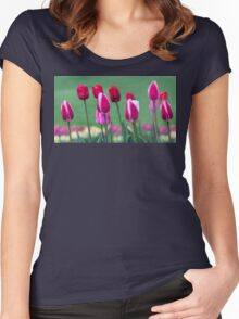 Two Lips Women's Fitted Scoop T-Shirt