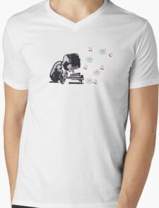 J Dilla Mens V-Neck T-Shirt
