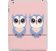 TWIN BLUE OWLETS iPad Case/Skin