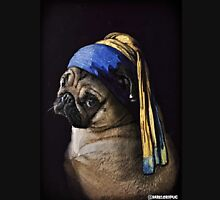 PUG WITH PEARL EARRING Unisex T-Shirt