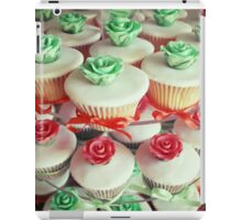 Pink and Mint Wedding cupcakes iPad Case/Skin