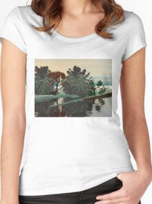 ALIEN LANDSCAPE /LAGOON IN HYPERION Sci_Fi Women's Fitted Scoop T-Shirt