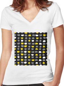 Textured Brush Stroke Women's Fitted V-Neck T-Shirt