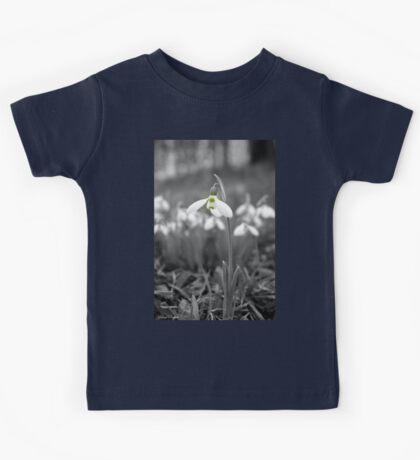 Standing Tall b&w Kids Tee
