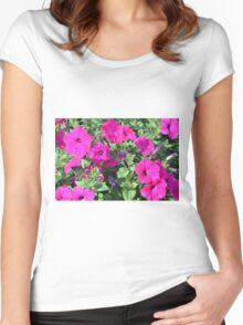 Beautiful spring purple flowers in the park. Women's Fitted Scoop T-Shirt