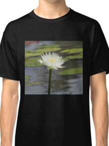Beautiful Water Lily Classic T-Shirt