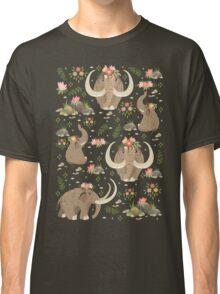 Cute mammoths Classic T-Shirt