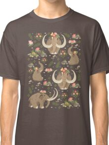 Cute mammoths Classic T-Shirt