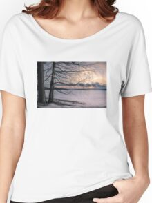 Spring evening at the lake Women's Relaxed Fit T-Shirt