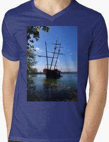 Abandoned Ship Mens V-Neck T-Shirt