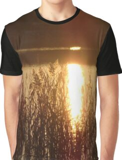 Golden Reflection Graphic T-Shirt