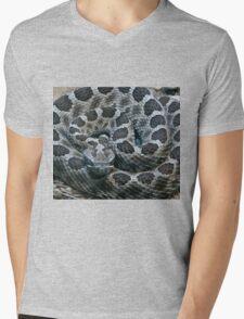 SNAKE Mens V-Neck T-Shirt