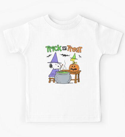 Snoopy Trick Or Treat Kids Tee