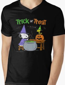 Snoopy Trick Or Treat Mens V-Neck T-Shirt