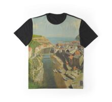 Staithes looking towards the harbour Graphic T-Shirt