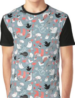 Graphic pattern of different birds Graphic T-Shirt