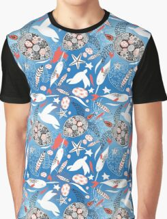 Pattern with sea turtles and whales Graphic T-Shirt