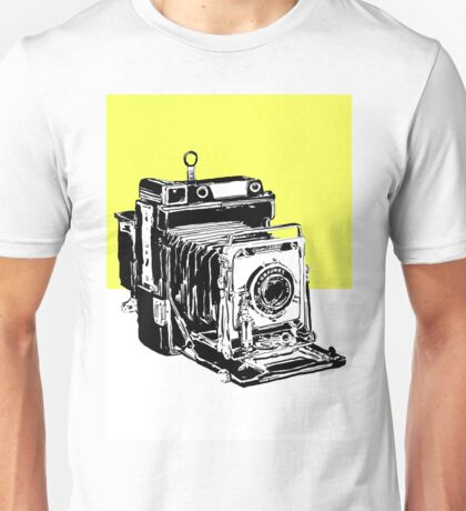 Vintage Graphex Camera in canary yellow Unisex T-Shirt