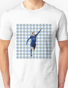 Jamie Vardy with Leicester City logo background T-Shirt