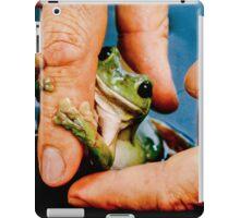 Green bush frog hanging onto finger iPad Case/Skin