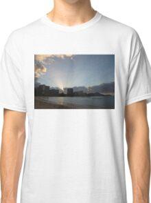 Early Birds, Famous Beach and Sun Rays - Waikiki, Honolulu, Hawaii Classic T-Shirt