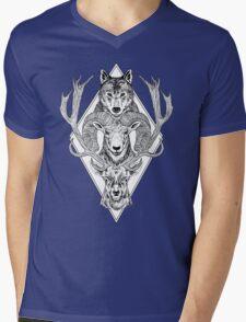 Wolf Ram Hart Mens V-Neck T-Shirt