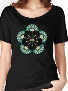 Geometric Heliconia Fan Pattern Women's Relaxed Fit T-Shirt