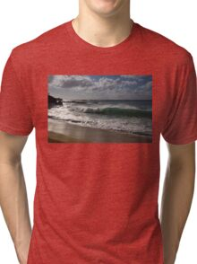 Big Wave at Waimea Bay Beach, North Shore, Oahu, Hawaii Tri-blend T-Shirt