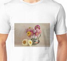 Everlasting flowers in a vase   Unisex T-Shirt