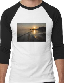 Golden Sands and Gentle Waves - Lake Erie, Ontario, Canada Men's Baseball ¾ T-Shirt
