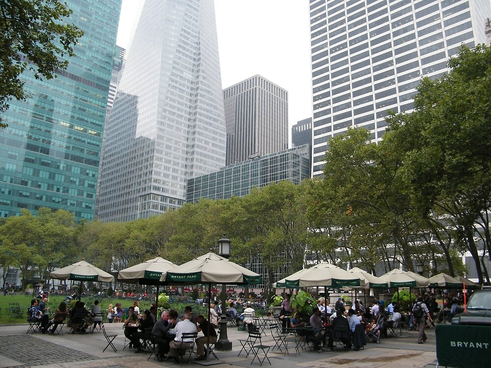 Bryant Park at Lunch Time, New York by lenspiro
