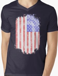 USA Flag - Vintage Look Mens V-Neck T-Shirt