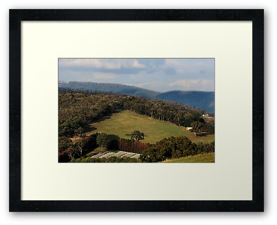 Melbourne's Country Living - Victoria by Joy Watson