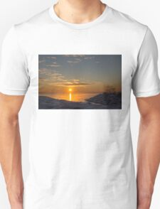 -15 C° Sunrise Unisex T-Shirt